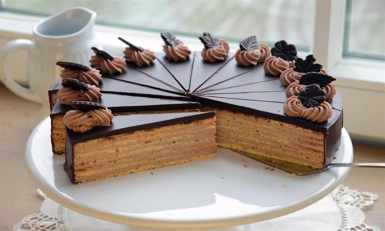 Torta fatiada